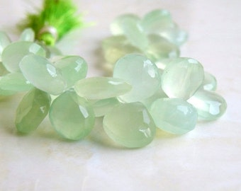 Green Chalcedony Briolette Gemstone Faceted Heart 10.5 to 11mm 15 beads