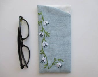 Eyeglass Case/Fabric Eyeglass Case/Blue Embroidered Eyeglass Case