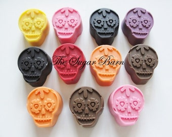 SUGAR SKULL Solid CHOCOLATE Pieces*18 Count*Day of the Dead Favor*Mexican Party Favor*Halloween Party*Zombie*Halloween Candy*Skull Candy