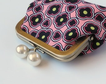 Snap Coin Purse, Coin Purse, Change Purse, Mini Clutch, Metal Frame Purse, Purse Accessory, Credit Card Holder, Earbud Pouch, Pink Black