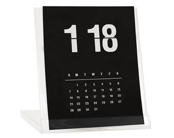 2018 Desk Calendar - BUY 2 GET 1 FREE - Calendar With Stand - Flip Clock Calendar - Black Friday Cyber Monday Sale