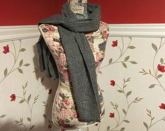 Wool Scarf Shawl - Irish Tweed - Mens- Womans - 100% wool - Soft - Grey Checked Plaid