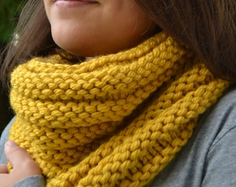 Hand Knit Cowl Infinity Scarf, BOSSO - MUSTARD Ribbed circle scarf Neckwarmer Snood (3031)
