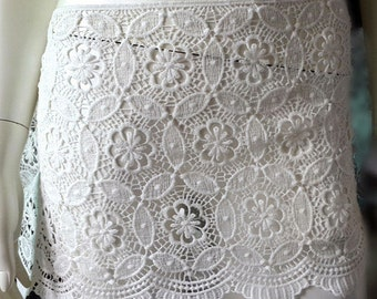 Guipure Floral Lace Fabric, Lace Trim, Embroidered Lace Fabric, 11.3 inches Wide for Bridal Dress, Bodices,Skirt,Shorts,Craft Making, 1 Yard