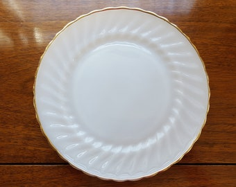Anchor Hocking Fire King Shell Dinner Plate