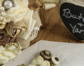 Button and Yarn Boutonniere