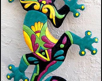 """Gecko Metal Art Wall Hanging, Outdoor Decor, 24"""". Painted Metal Gecko, Garden Art, Tropical Decor, Outdoor Metal Wall Art, M402-TQ-24"""