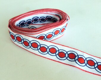 Jacquard Sewing Trim in Red and Blue Chain Link Geometric Ovals Design Embroidered Patriotic Nautical Ribbon Destash Yardage