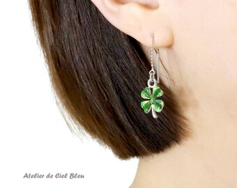Green Clover Earrings, Four Leaf Clover Earrings, Silver Clover Threader Earrings, Clover Earrings, Best Friend Gift, Clover Jewelry