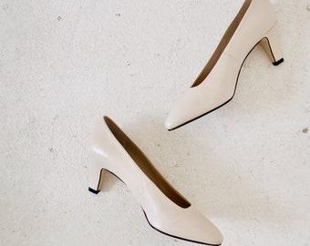 Vintage Etienne Agner Cream Heels