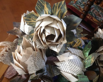 10 Book Page Origami Lotus Flowers or Water Lilies Large