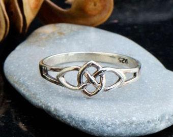 Sterling silver infinity ring, celtic ring, infinity knot ring, celtic jewelry, celtic knot ring, elegant celtic ring for women, Irish ring