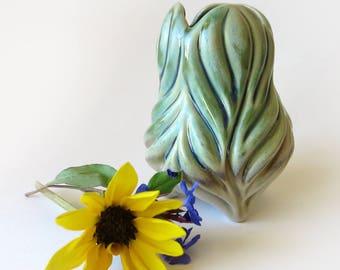 Carved porcelain leaf vase in green and white glaze, gourd shaped, bud vase