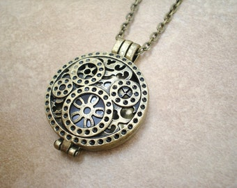 Bronze Steampunk Aromatherapy Locket and Necklace - Bronze Locket Aromatherapy Necklace - Aromatherapy Diffuser Jewelry - Personal Diffuser
