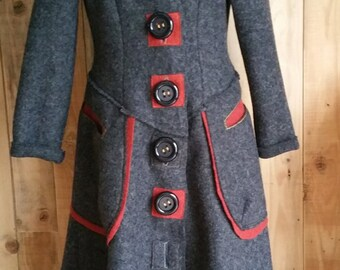 Coat in boiled wool grey anthracite and rusty brick colour, large pockets - Size M (US