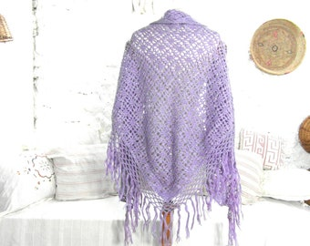 Handmade vintage shawl, wool scarf, purple crochet shawl winter scarf, vintage clothing, retro clothes, gypsy shawl, tassel shawl boho shawl