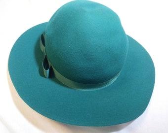 Vintage Liz Claiborne Hat