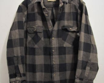 A Men's,Vintage 90's Thick CAMPING Type BUFFAL0 Plaid FLANNEL Shirt By FF.L