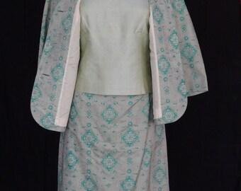 DRESS SALE!!! / 1950s 60s Skirt Suit / Asian inspired 3 piece Green Skirt Top Jacket Set / Helen Fashion & Co.