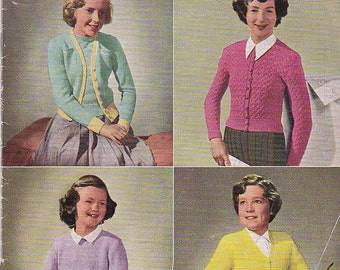 Paton's Knitting Pattern No 381  for Girls, Children  - Vintage 1940s