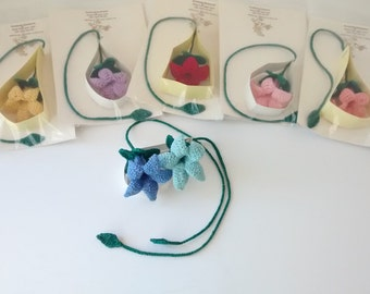 Crochet bell flower bookmark