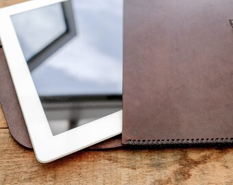 Clutch Bag / iPad Pro Sleeve / Leather / Dark Brown