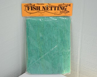 Vintage Decorative Fish Netting - Stretches to 30 x 6 - Green - Made in Taiwan - Coastal, Beach, Cottage, Fishing, Boating, Pool Decor