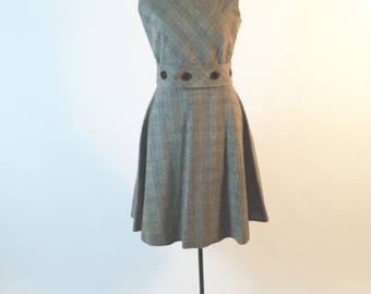 Brown Plaid Wool Dress - Vintage Brown Plaid Dress - by Claret - Flared Skirt + Crew Neck + Oversize Buttons - 1960s Brown Plaid Wool Jumper
