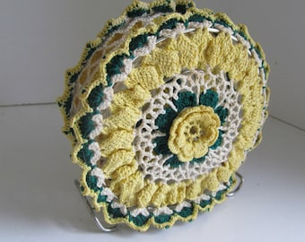 Crochet Doily Napkin Holder Very Fine Embroidered Doily Decor Vintage Napkin Holder Green Doily Yellow Doilies Letter Holders