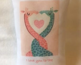 Message Pillow - Giraffes - I love you to the moon and back