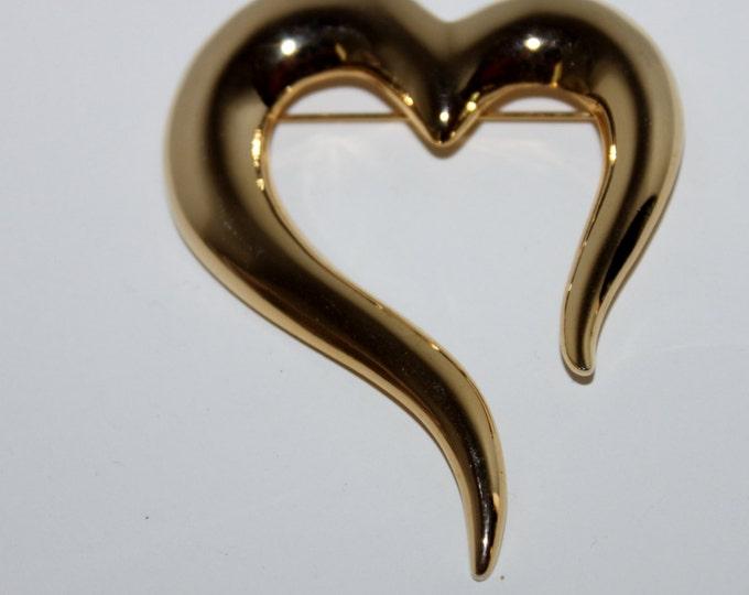 Vintage JJ Large Gold-Tone Heart Shaped Brooch, JJ Jewelry