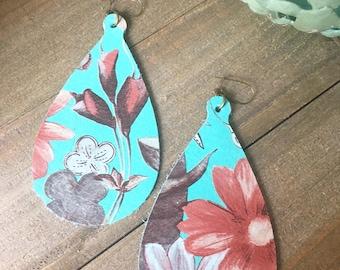 Leather Teardrop Earrings-Teardrop Shape-Genuine Leather Earrings-Trendy Earrings-Lightweight -Colorful-Floral Earrings