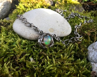 """Contemporary Necklace """"Cosmos"""" - Welo opal and sterling silver"""