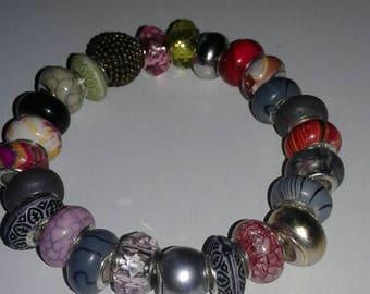 Multi-colored beaded bracelet