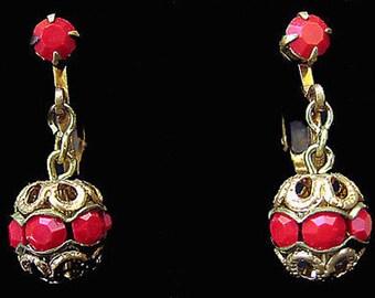 Vtg Earrings Clipback Opaque Red Rhinestone Dangle Goldtone Austria
