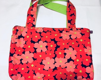 Coral/pink floral print tote bag with magnetic snap