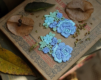 1 pair of silk embroidered blue-green roses