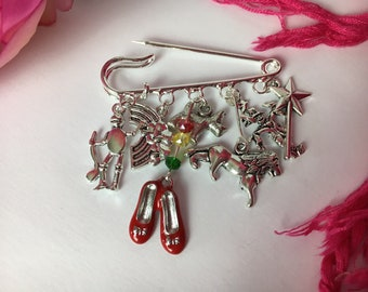 Wizard of Oz themed brooch ~ Quirky kilt pin ~ Silver plated ~ Unusual gift ~ Dorothy, Red shoes, Toto ~ Follow the yellow brick road x