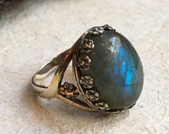Labradorite Ring, Silver Ring, Gemstone ring, green Stone Ring, crown Ring, floral ring, alternative engagement ring - Magical garden R2384