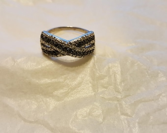 Sterling Silver Black And White Diamonds Ring Sz 10