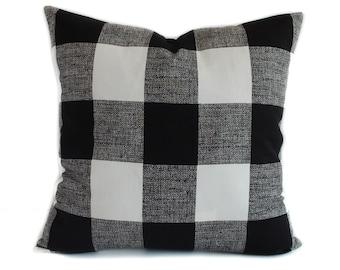 Plaid pillow cover, Black throw pillow, Decorative pillow, Accent pillow, Plaid throw pillow, Buffalo plaid pillow, 18x18, 20x20