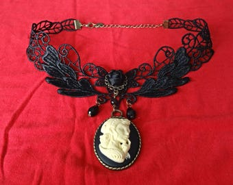 """Necklace / Choker Gothic cameo """"Protector"""""""