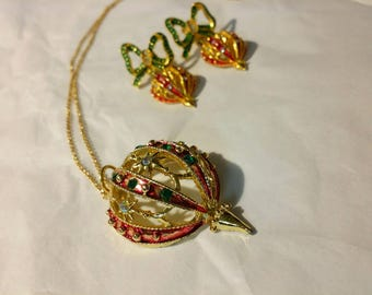 Vintage Christmas Ornament Necklace and Pierced Earrings Rhinestone Gold Tone Jewelry Set