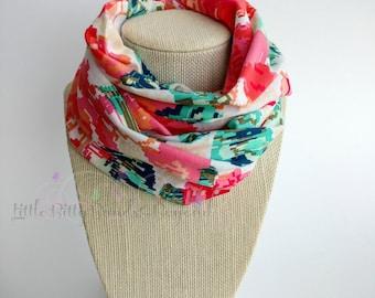Infinity scarf bib | Infinity scarf