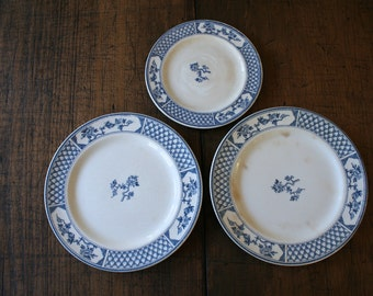 Blue and White China Plates Johnson Bros 'The Exeter' Pattern English Tableware Set Plates for Wall Display Food Styling