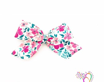 Pink floral Bow, pink flower headband, floral fabric bow