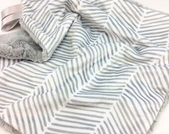Minky Lovey Blanket ~ Double Minky Security Blanket ~ Gray Freeform Arrows ~ Faux Fur ~ Gender Neutral