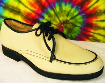 Size 7.5 D mens vintage 60's cream/off white leather WAUKEZE oxfords shoes nos
