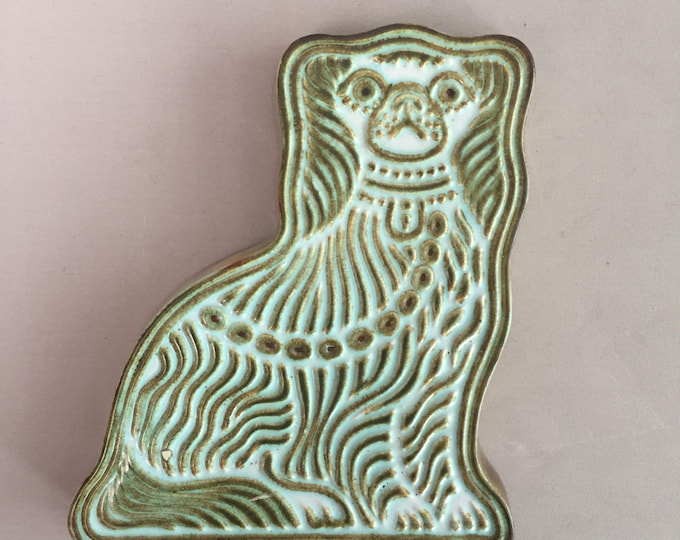 1970s ceramic dog plaque/ wall hanging