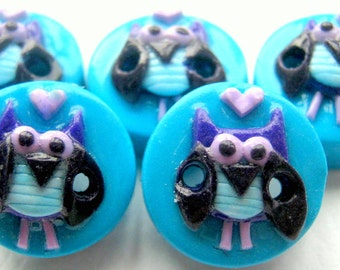 """Ready to Ship 5 5/8"""" Owl buttons"""